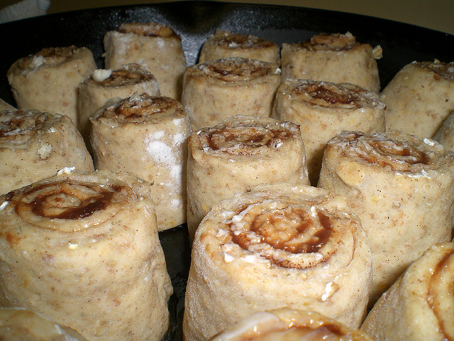 10-Grain Apple Cinnamon Rolls