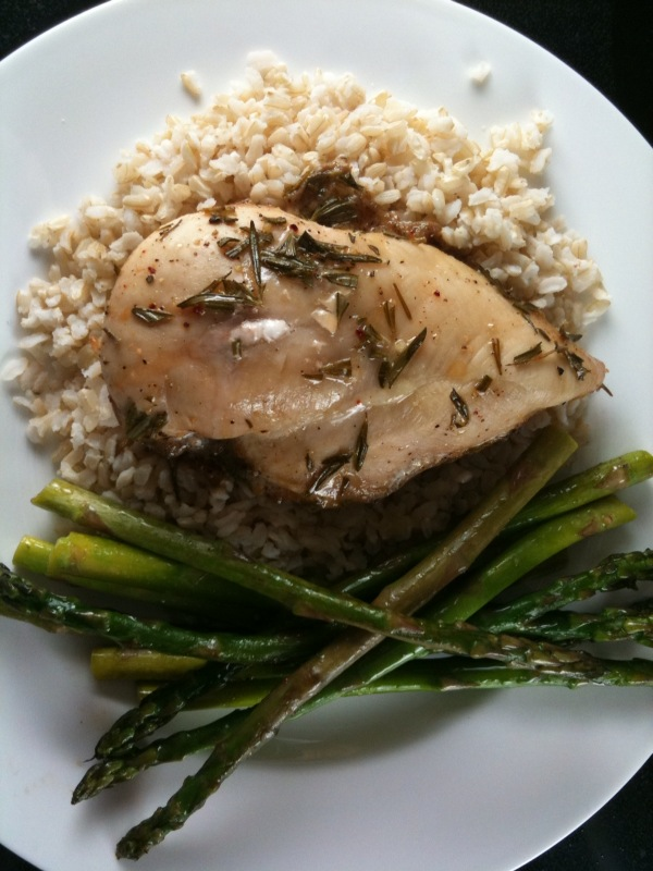 20 Minute Garlic Rosemary Chicken & Brown Rice Dinner