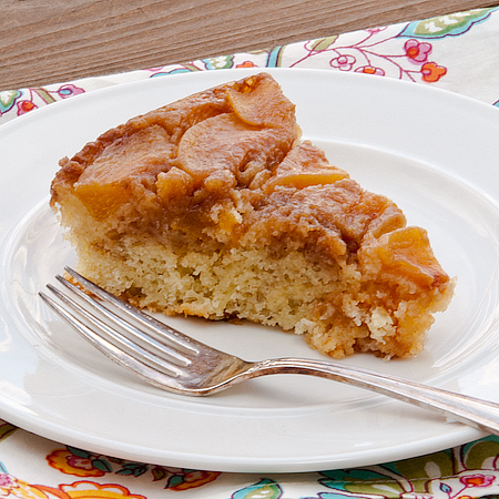 5 Layer Peach Cobbler Coffee Cake!
