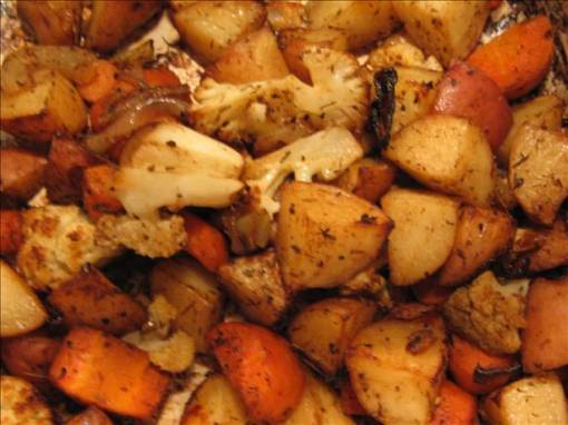 Balsamic-roasted Baby Potatoes & Carrots