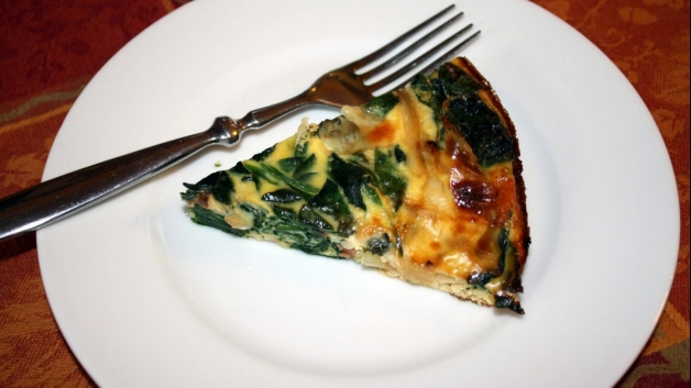 Caramelized Onion, Gruyere, and Spinach Crustless Quiche