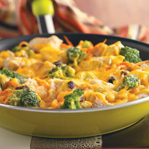 Cheesy Broccoli and Chicken Skillet Dinner