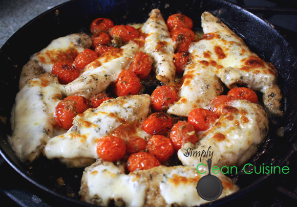 Chicken with Skillet Tomato Sauce
