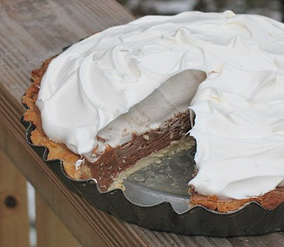Chocolate French Silk Pie (Copycat Bakers Square's French Silk)