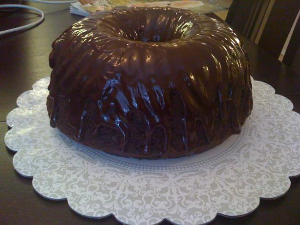 Chocolate Glaze for Cakes (That Hardens)