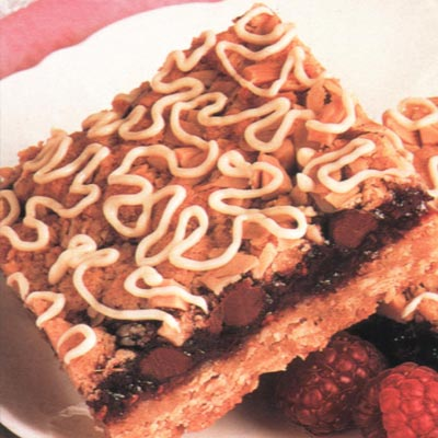Chocolate Raspberry Streusel Squares