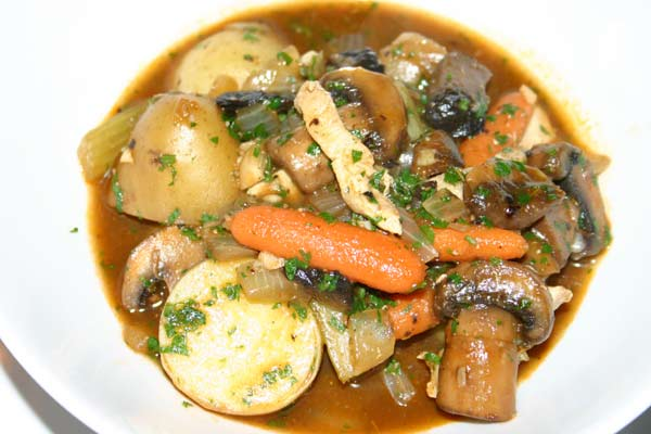 Chunky Turkey, Potatoes, and Veggies in Red Wine Sauce