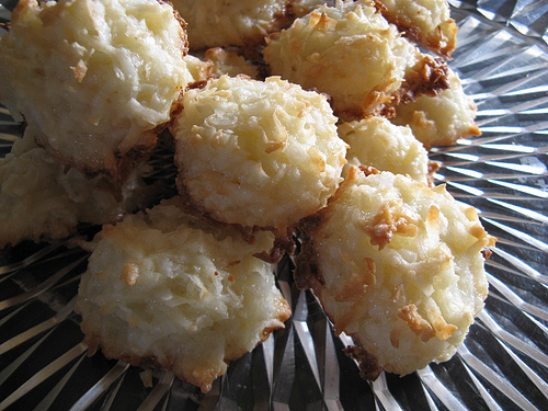 Coconut Macaroons from White Bread