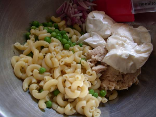 Cold Macaroni Tuna Salad