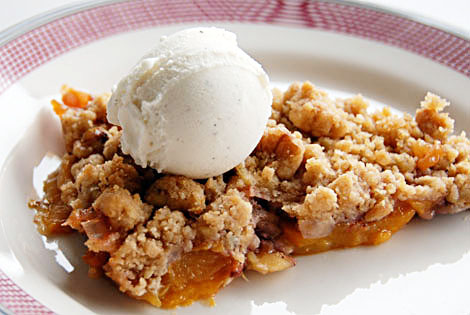 Cookie-Fruit Crisp