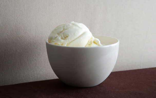 Creamy Lemon Grass Ice Cream
