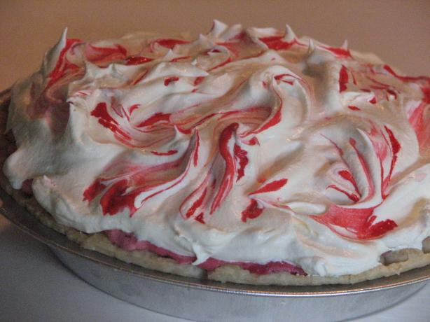 Creamy Raspberry Mallow Pie