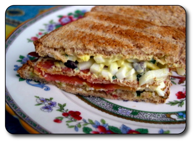 Delicious Egg and Bacon Salad Sandwiches
