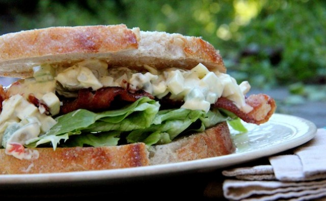 Delicious Egg and Bacon Salad Sandwiches - Recipegreat.com