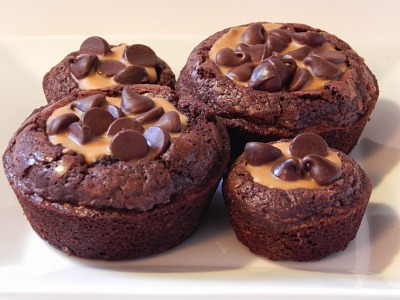 Easy Brownie Peanut Butter Bites