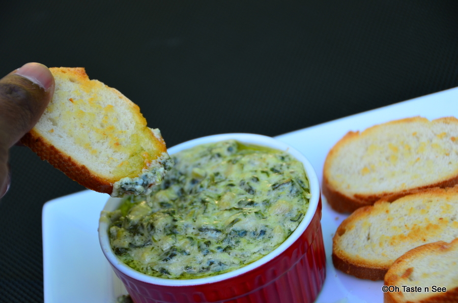 Easy Cheesy Spinach and Artichoke Dip