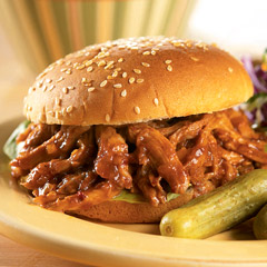 Easy Crock-Pot Pulled Pork Sandwiches