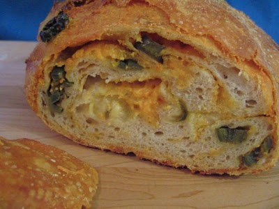 Easy Crusty Jalapeno Cheese Bread Fantastico
