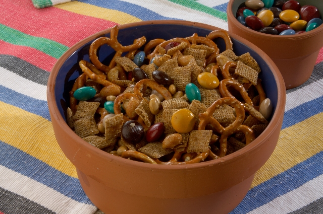 Easy Homemade Snack Mix