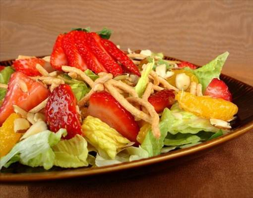 Easy Strawberry-Mandarin Asian Salad
