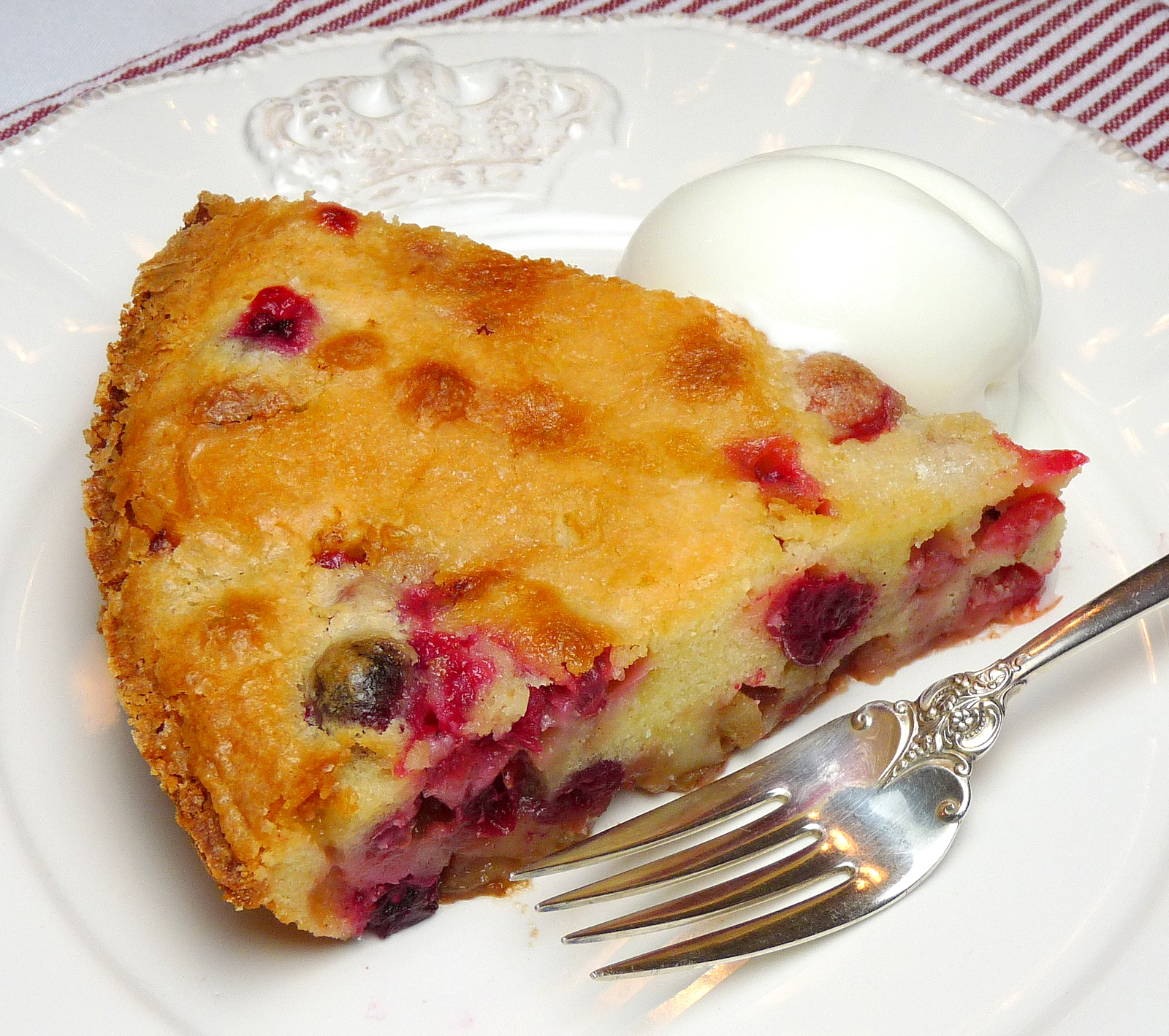 Fresh Cran-Apple Cake