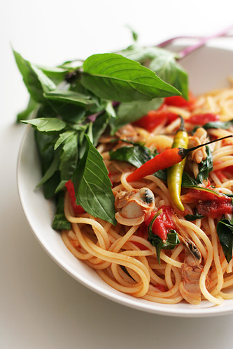 Garlic and Thai Basil Spaghetti