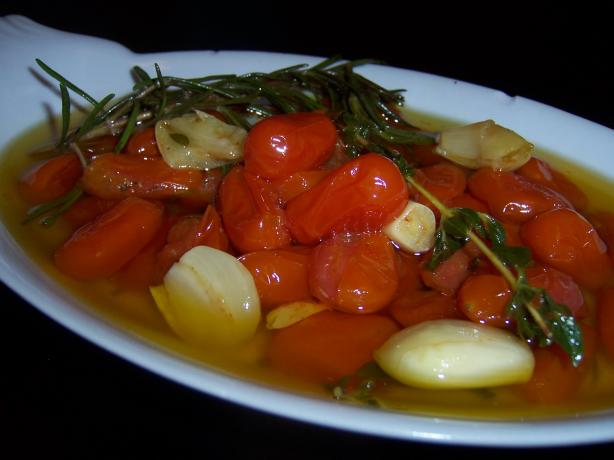 Garlic Roasted Grape Tomatoes in Olive Oil