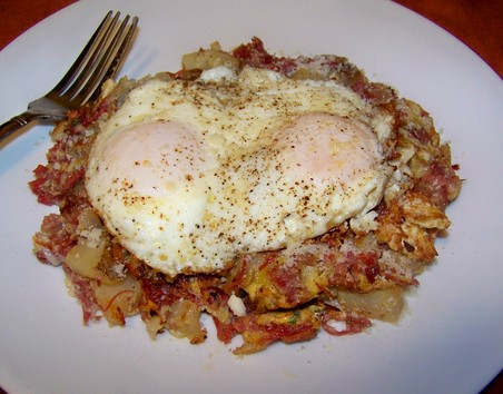 Healthy Corned Beef Hash With Fried Eggs