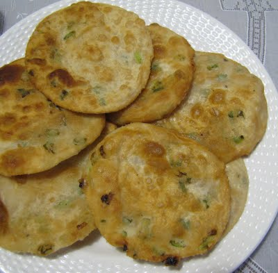 Korean Green Onion & Shrimp Pancakes With Vinegar Dipping Sa