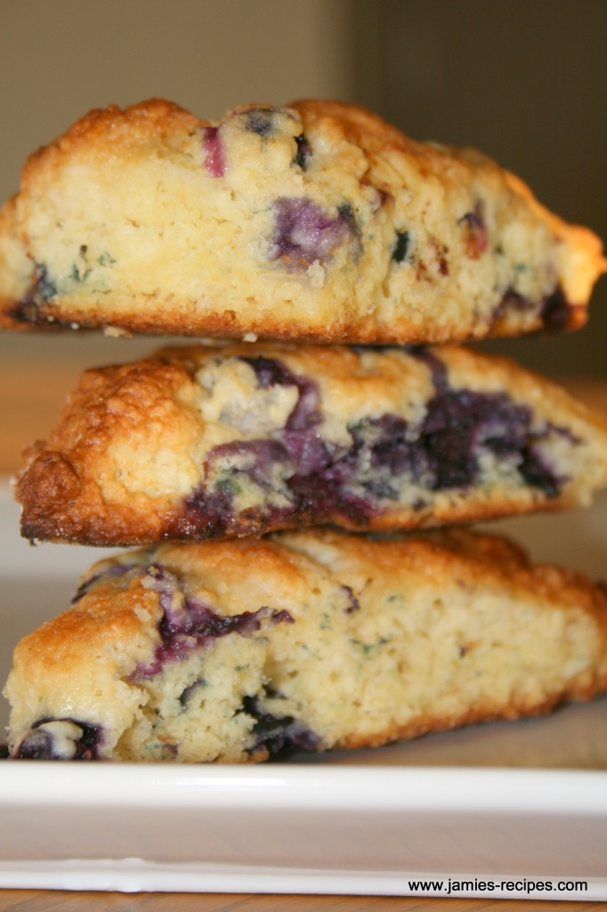 Like Starbucks Blueberry / Raspberry Scones