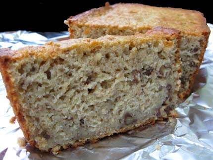Low-Fat Banana Apricot Loaf