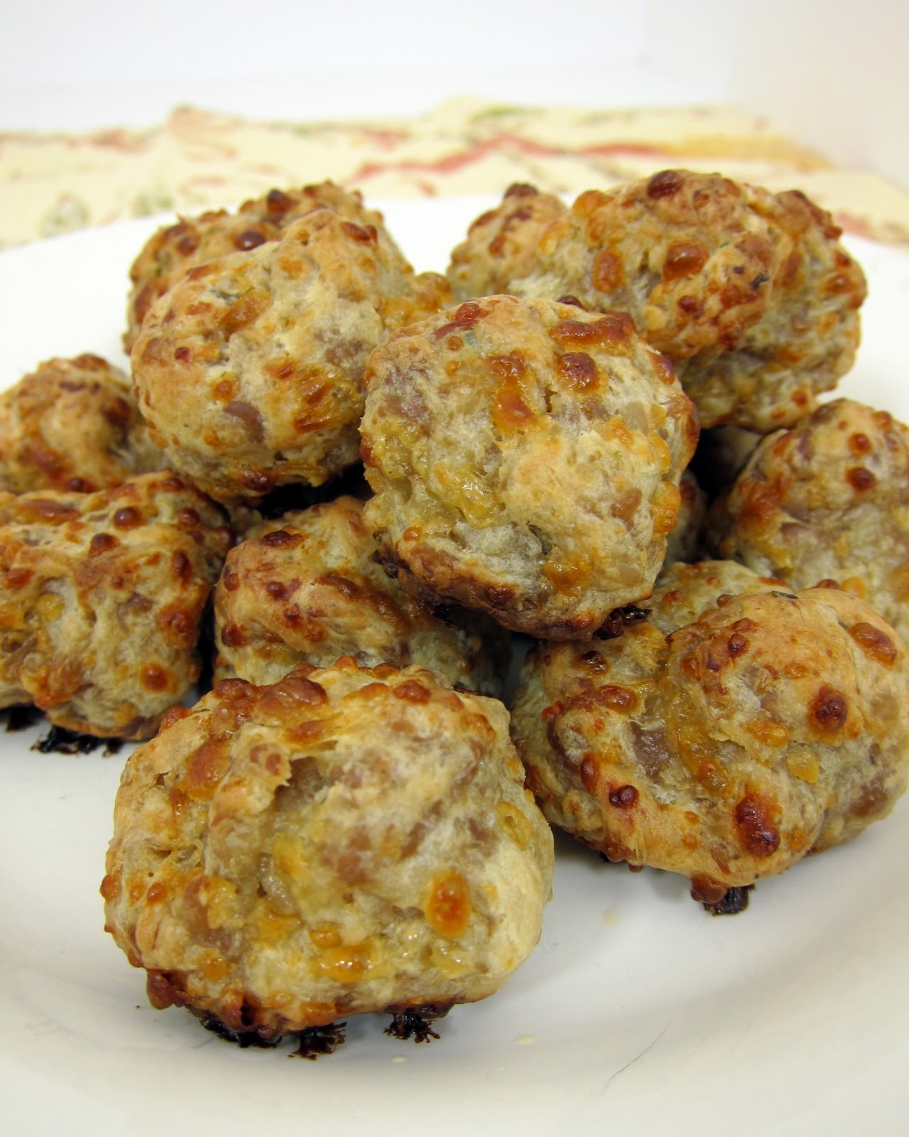 Maple Cream Cheese Sausage Puffs