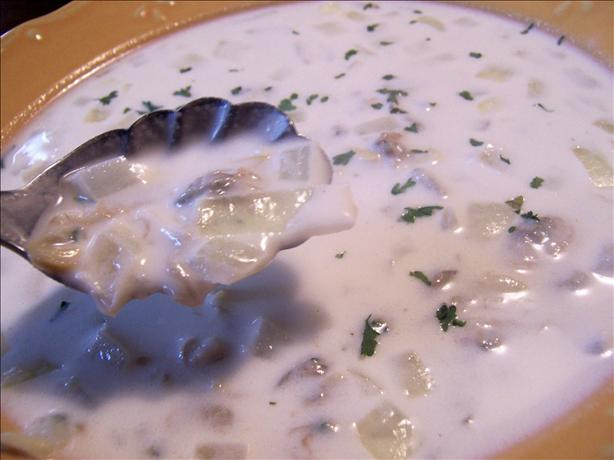 Meadow Club Clam Chowder-New England Style