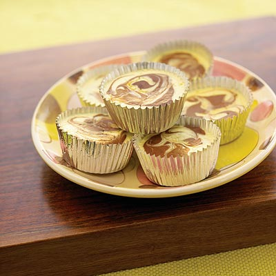 Mini Cocoa Swirl Cheesecakes
