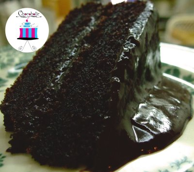 Moist and Rich Homemade Chocolate Cake!