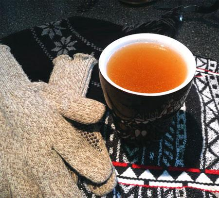 Mulled Apple Cider with Orange and Ginger