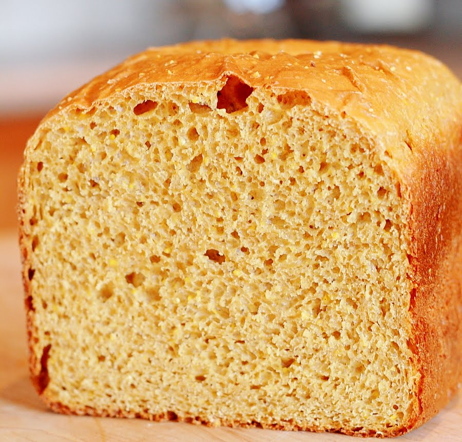 New England Anadama Bread (Bread Machine)