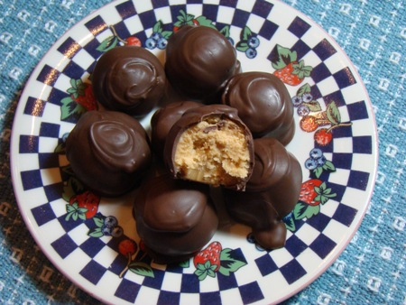 No-Bake Chocolate Balls