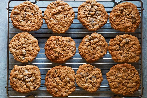 Oatmeal (Raisin) Cookies