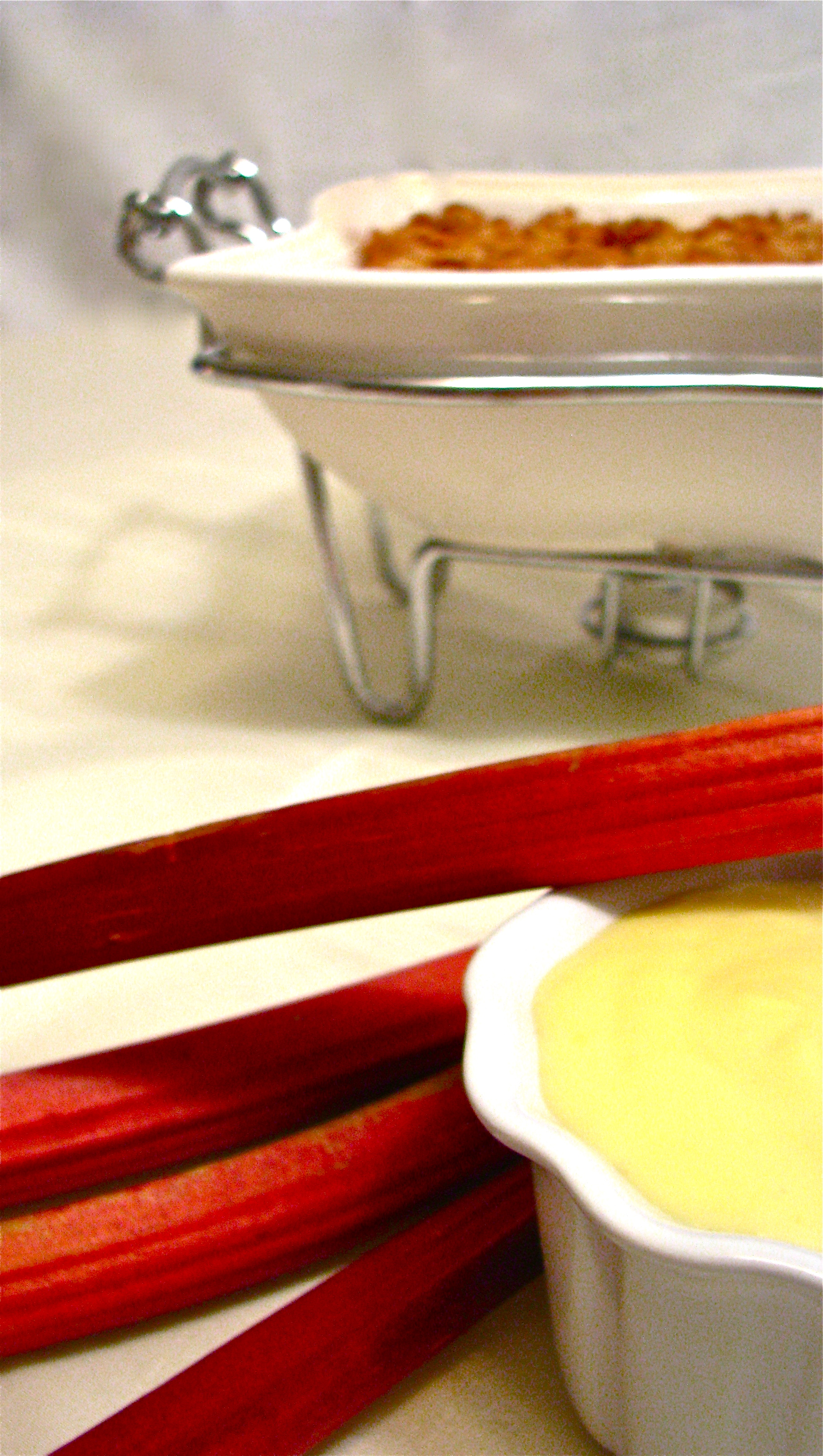 Rhubarb Pudding With Custard Sauce
