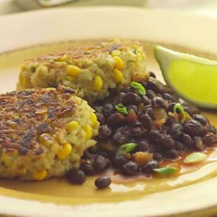 Rice and Corn Cakes With Spicy Black Beans