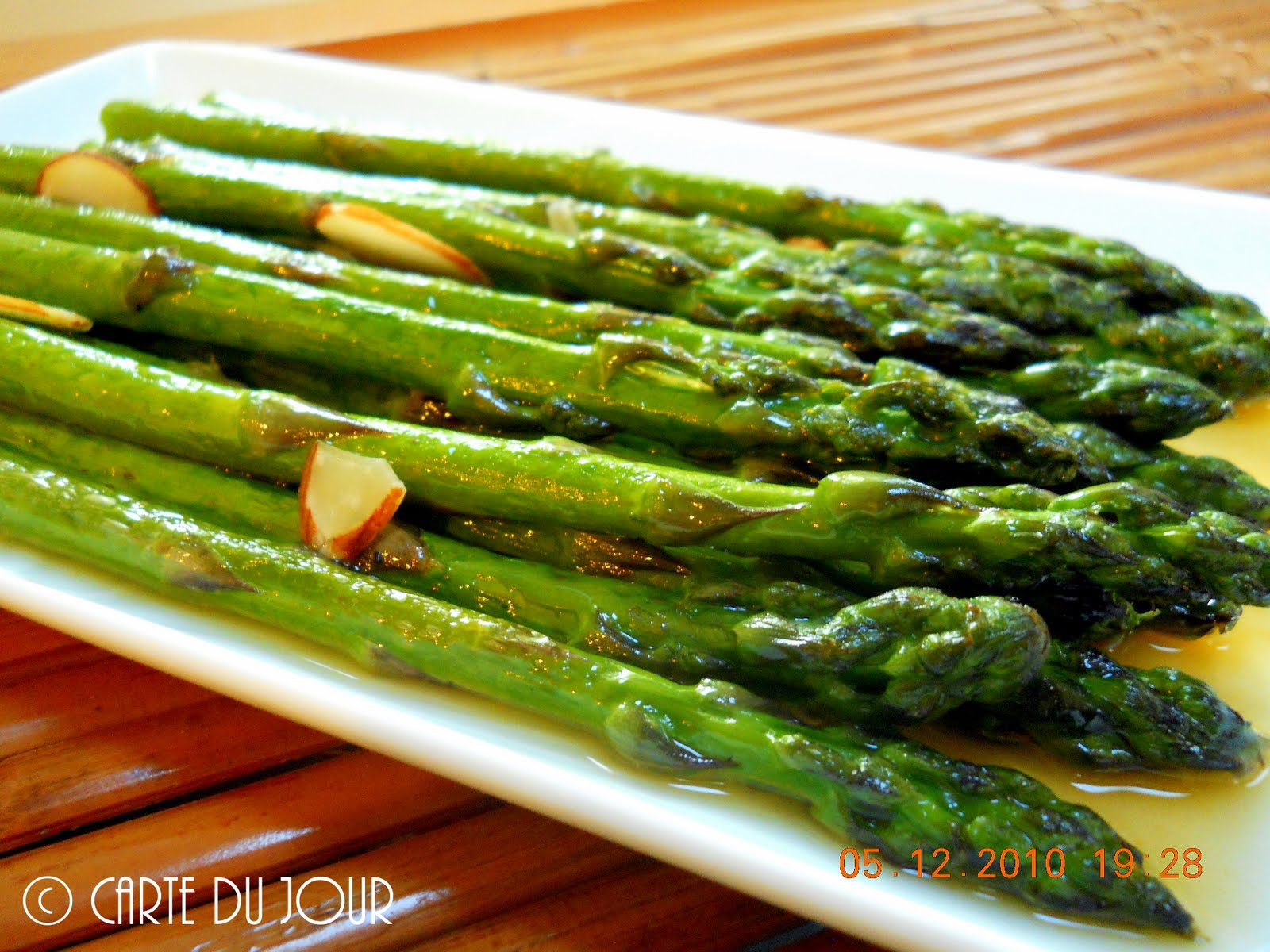 Roasted Asparagus With Tangerine Dressing