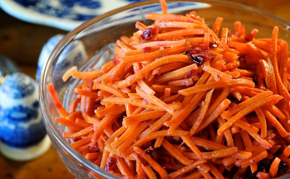 Roasted Carrots with Fresh Cranberries