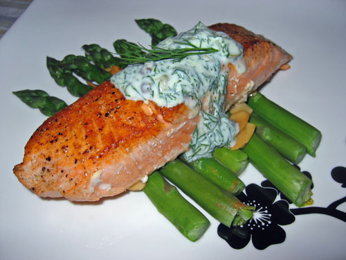 Salmon, Asparagus and Pasta in a Creamy Dill Sauce