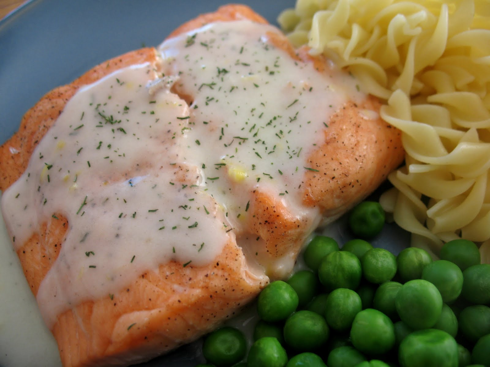 Salmon With Dill Citrus Sauce