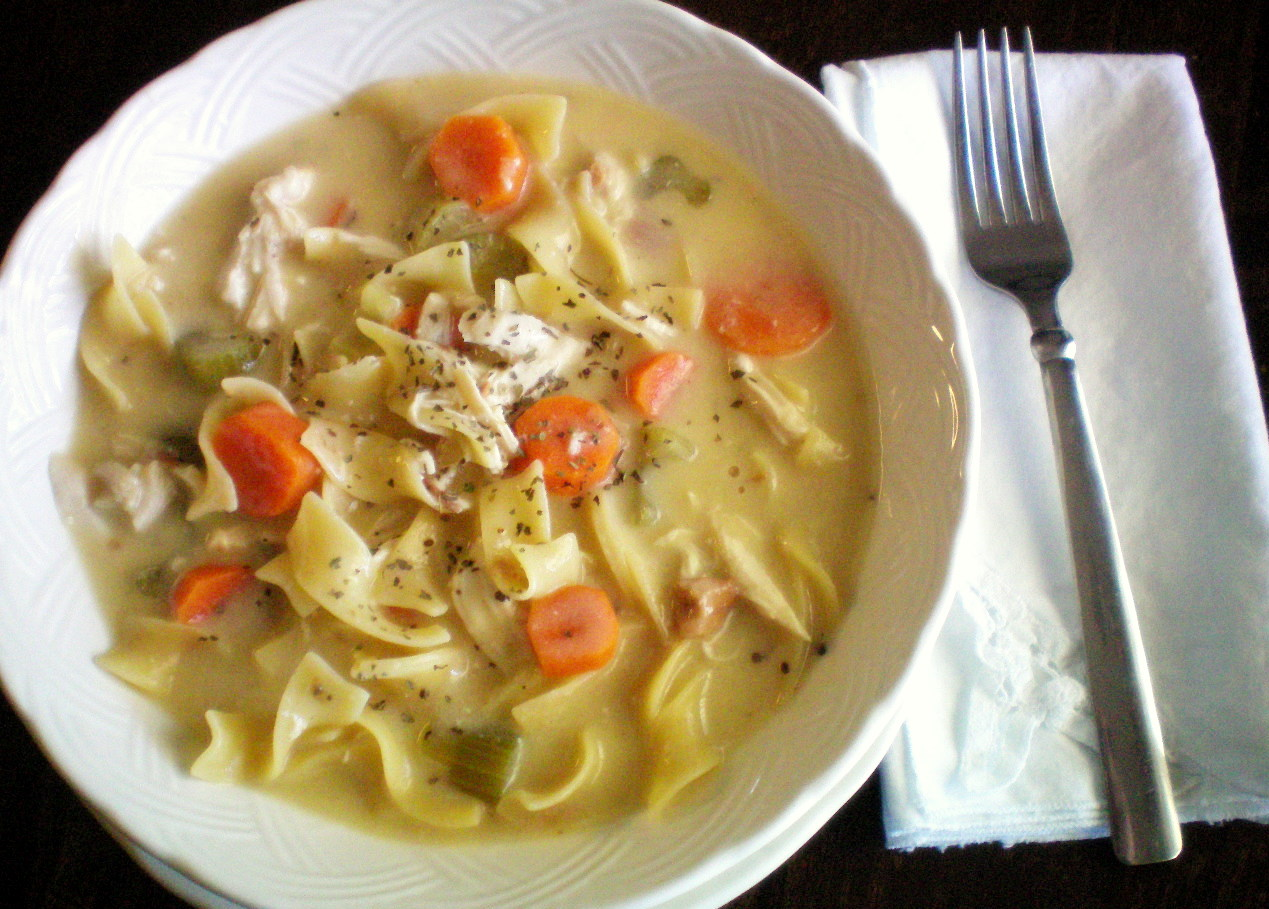 Slow Cooker Creamy Chicken Noodle Soup