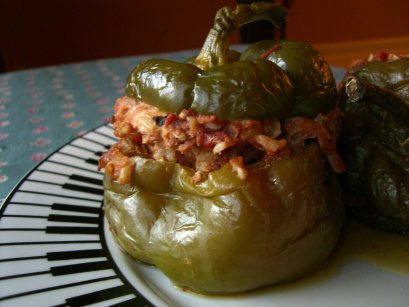 Slow Cooker Stuffed Red Bell Peppers