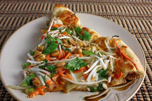 Spicy Thai Chicken Pizza With Peanut Sauce