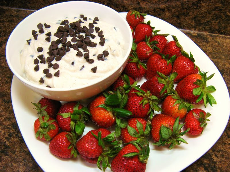 Strawberries With Cannoli Cream