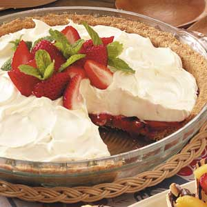 Strawberry and Chocolate Pie (No Bake!!) (Taste of Home)